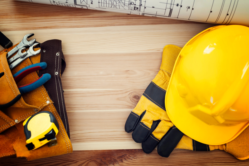 Choosing the Right Protective Workwear Clothing